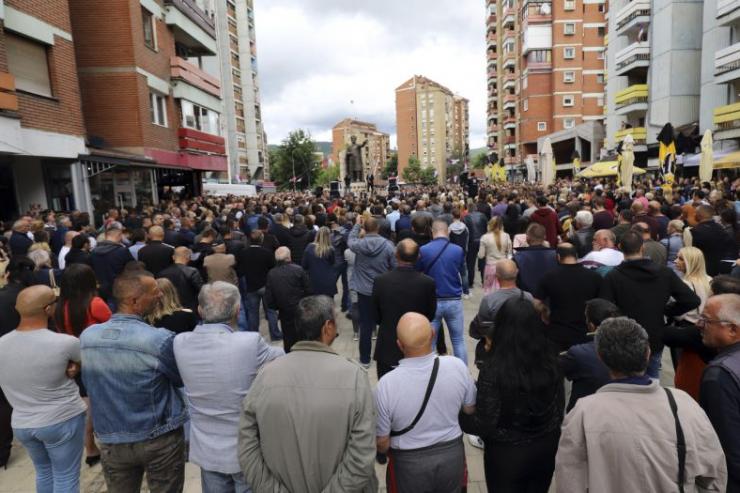 The Latest: EU urges Kosovo, Serbia to return to dialogue